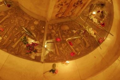 Monumento en memoria del genocidio Armenio en Der Zor.